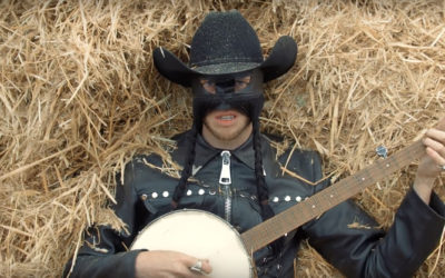 VIDEO: Orville Peck – Summertime