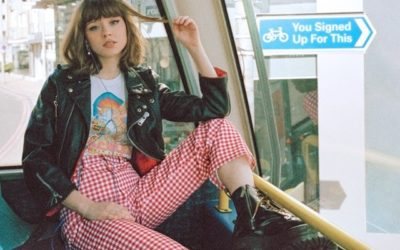 RECENSION: Maisie Peters – You Signed Up For This